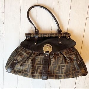 Fendi Magic bag // women